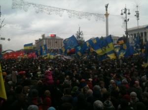 Manifestation sur Maidan Nezalezhnosti, 01/12/2013