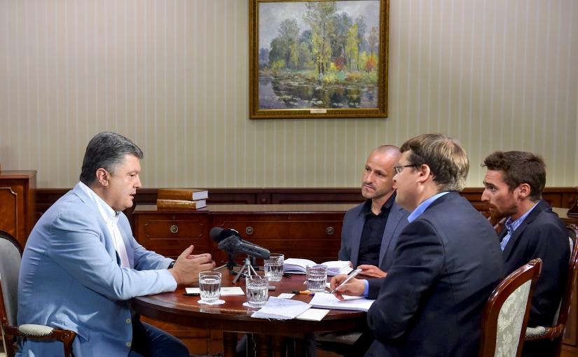 RTS: Petro Porochenko reste extrêmement ferme face à laRussie