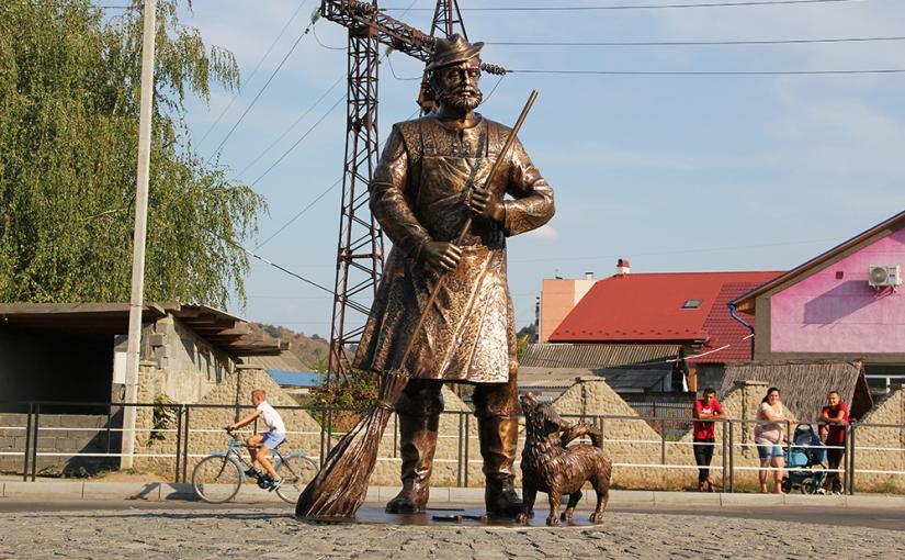 Ouest France: Un monument au Roms controversé àMoukachevo