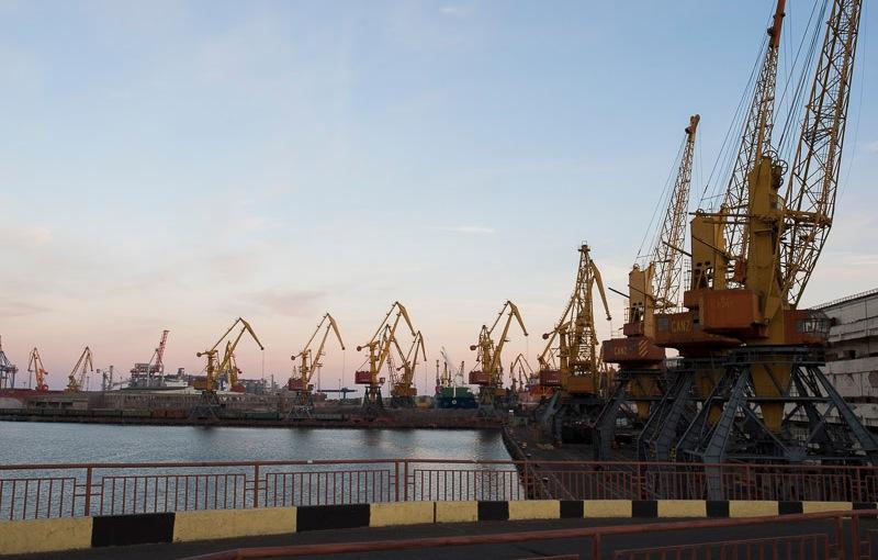 RFI: Odessa, son port, sesdouanes