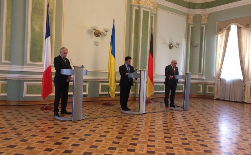 L'Ukraine mise sous pression par le couplefranco-allemand