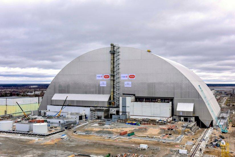 Libération: Tchernobyl; un triomphe pour l'arche de confinement?