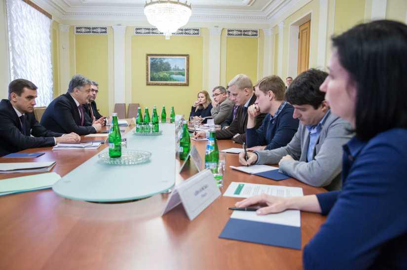 RFI: Le gouvernement ukrainien est-il en guerre contre les ONG anti-corruption?