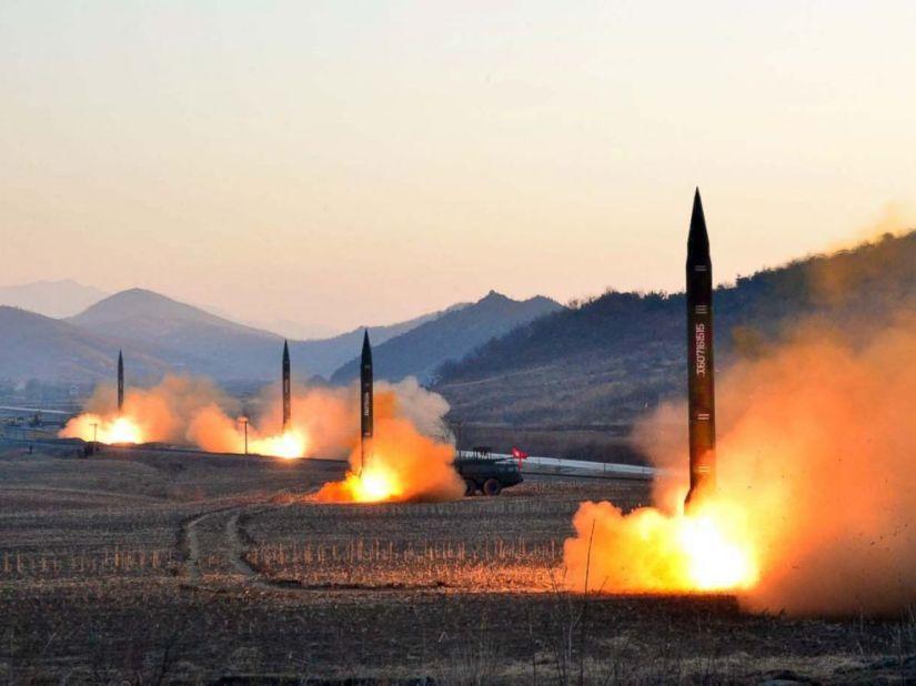 RFI: Petro Porochenko ordonne une enquête dans l'affaire des moteurs de missilesnord-coréens